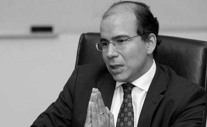 El insólito economista Francisco Rodríguez por Eduardo Semtei