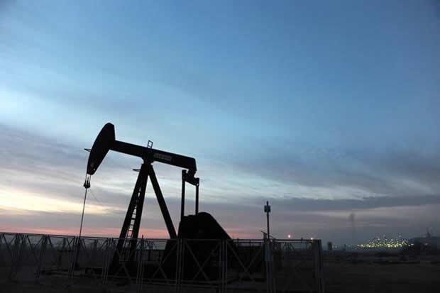 Petróleo venezolano vuelve a caer y cierra en $72,80