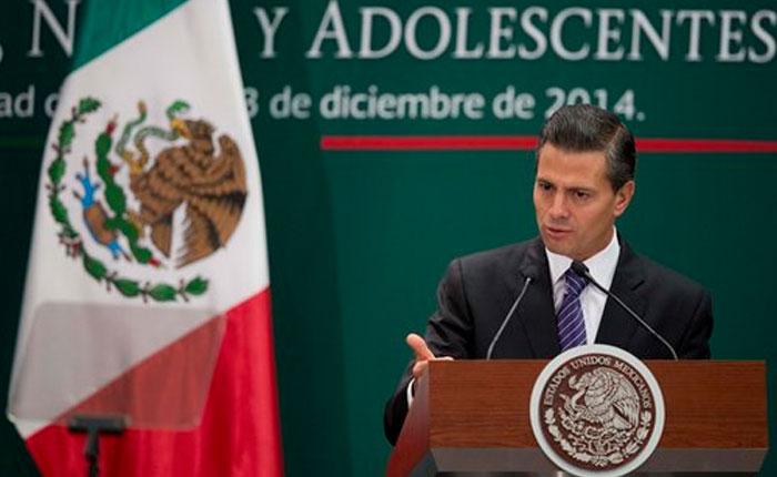 """Peña Nieto viajó a Guerrero para """"dar la cara"""" tras la desaparición de los 43 estudiantes"""