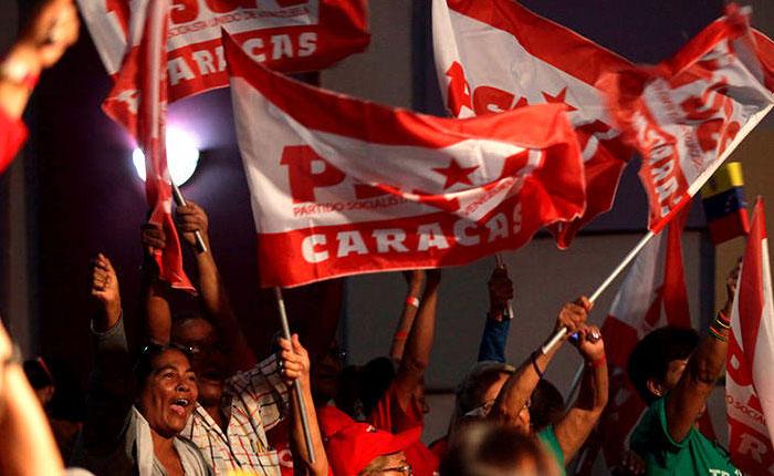Votos, mentiras y excusas por Elías Pino Iturrieta