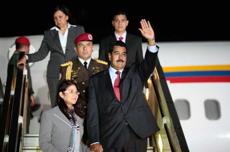 Maduro hace escala en Rusia en gira por China y países de OPEP