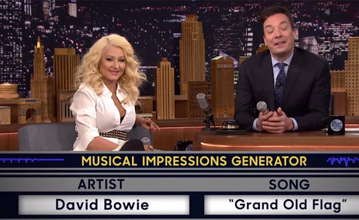 ¿Shakira? ¿Britney? No, es Christina Aguilera...