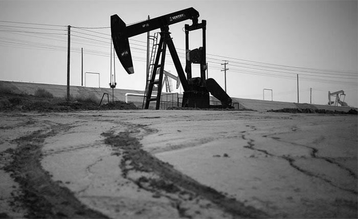 Precio del petróleo venezolano cierra la semana en alza y se ubica en $50,56