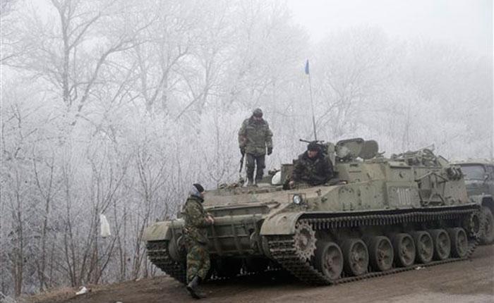 Más combates en ciudad clave de Ucrania a pesar de la tregua