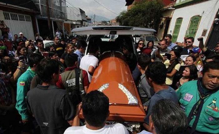 Corresponsal de Táchira se quiebra al aire: