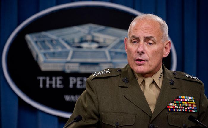 John Kelly, jefe del Comando Sur estadounidense, reza a diario por Venezuela