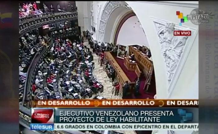 Maduro ha pedido en dos años la mitad de las habilitantes que Chávez pidió en 13 años