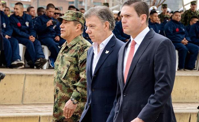 Santos levanta suspensión de bombardeos a las FARC