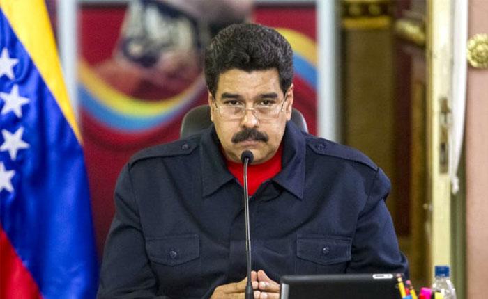 Maduro presentará documento en mesa de diálogo