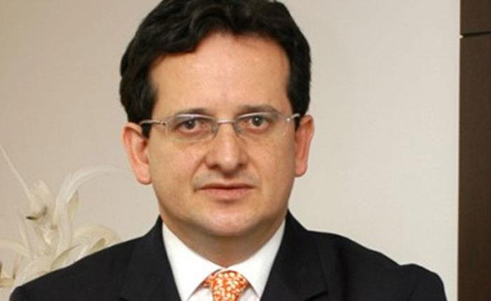 Gobierno colombiano retiró a su embajador en Venezuela