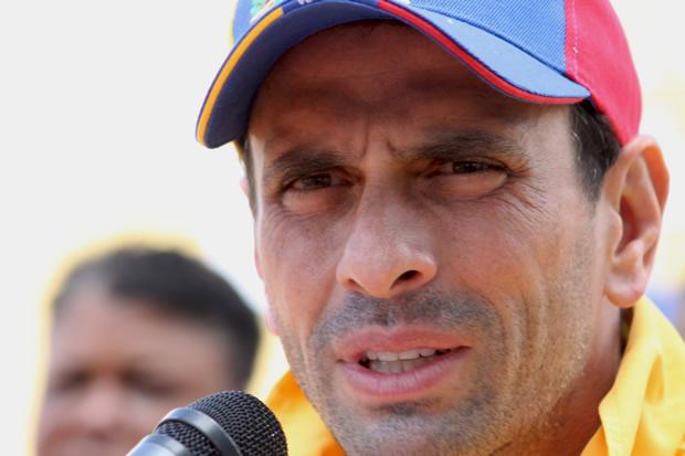 Capriles asegura que deben ganar parlamentarias para detener