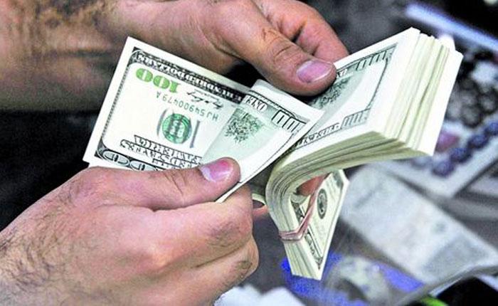 60% aumentó el dólar paralelo desde la creación del Simadi