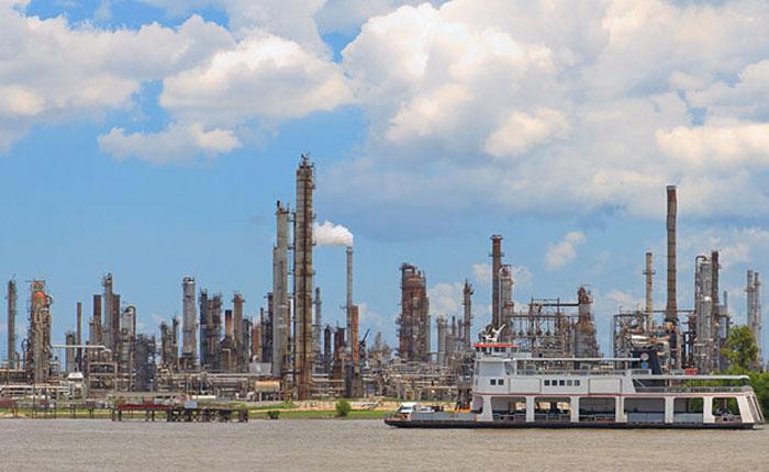 Pdvsa cerrará tres de sus cuatro refinerías por escasez de crudo y falta de personal
