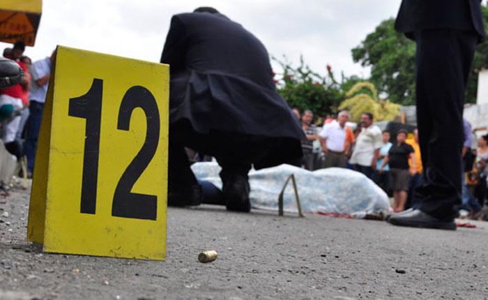 Venezuela, donde la vida vale un anillo, o un par de zapatos … o nada