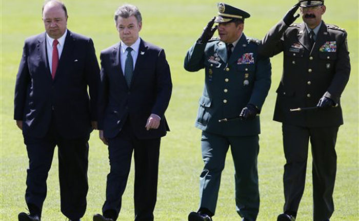 Gobierno colombiano y FARC acuerdan agilizar el proceso de paz