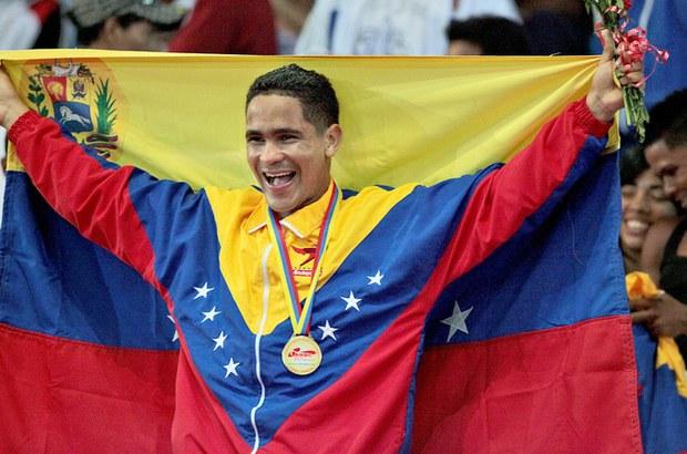 Venezuela suma dos medallas de oro en boxeo y ciclismo