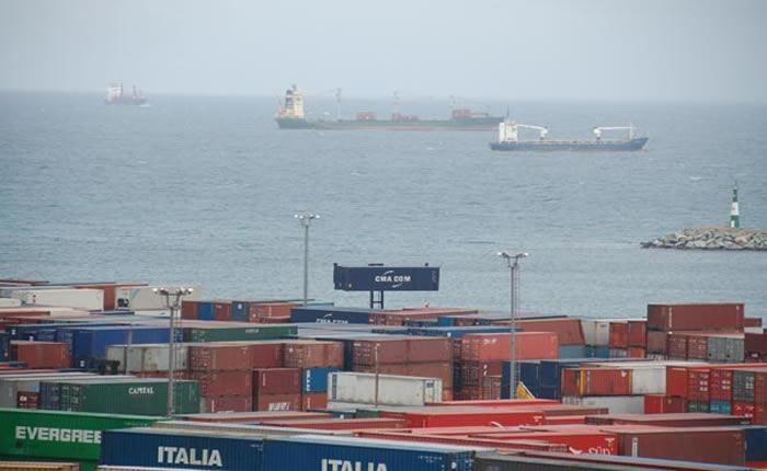 Soledad en los puertos anuncia más desabastecimiento en próximos meses