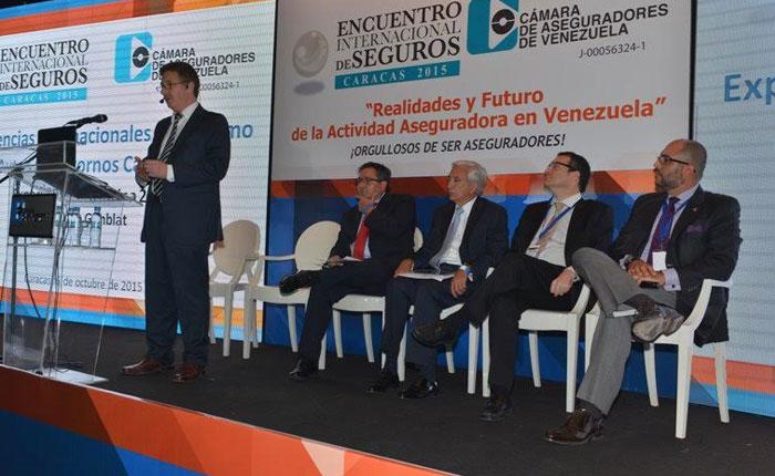 Cámara de Aseguradores de Venezuela analiza la situación del sector y hace un llamado a trabajar ante la crisis el país