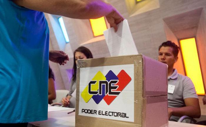 votosimulacrocne181015