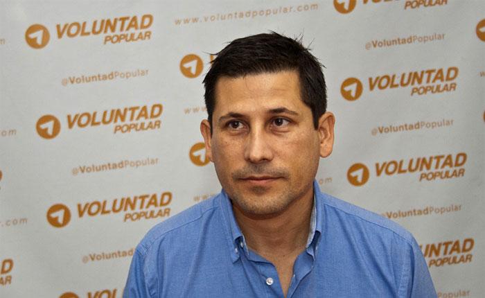 Grupo de obreros secuestró por horas al director general de la Alcaldía de Maturín y causó destrozos en el despacho