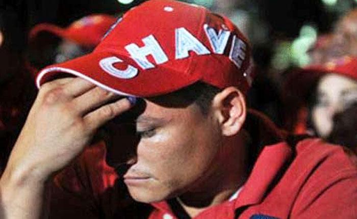 #DesdeAporrea Así sufre un dirigente del PSUV la traición del pueblo por Javier Hernández