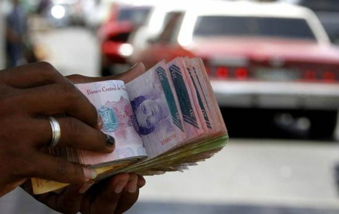 Gobierno podrá limitar el dinero hasta para hacer compras electrónicas
