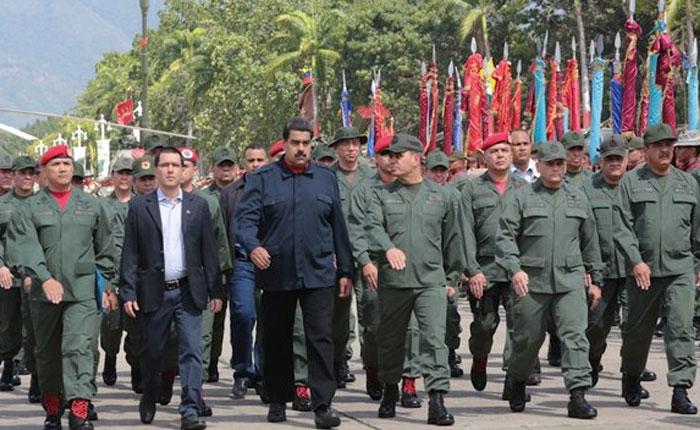 Presidente Maduro crea 10 batallones para su protección y la de sus allegados