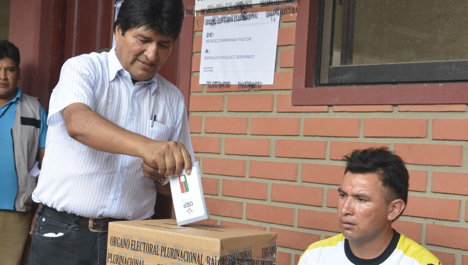 Bolivia: primeros sondeos dan una victoria al no en el referéndum para la reelección de Evo Morales