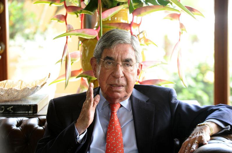 Oscar Arias y Felipe González analizarán situación de Venezuela