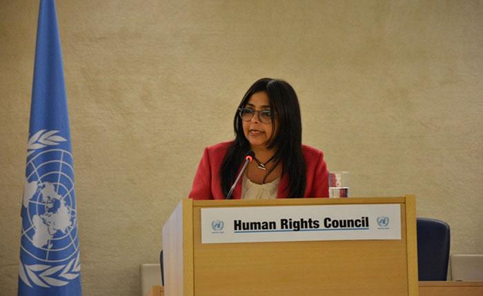 """Delcy Rodríguez denunció ante la ONU  """"bullying internacional"""" contra Venezuela"""