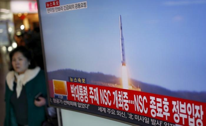 Seúl anuncia sanciones unilaterales contra Corea del Norte