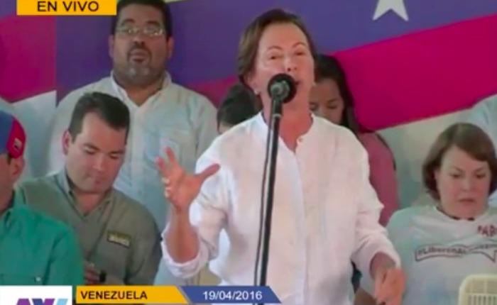 """""""Las minas destruyen con la misma voracidad con la que el gobierno destruye a Venezuela"""": Valentina Quintero"""