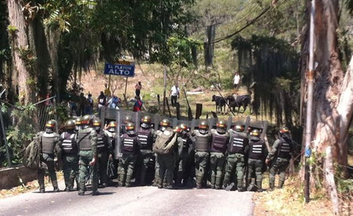 Vecinos de El Playón cuentan como fueron agredidos por la GNB