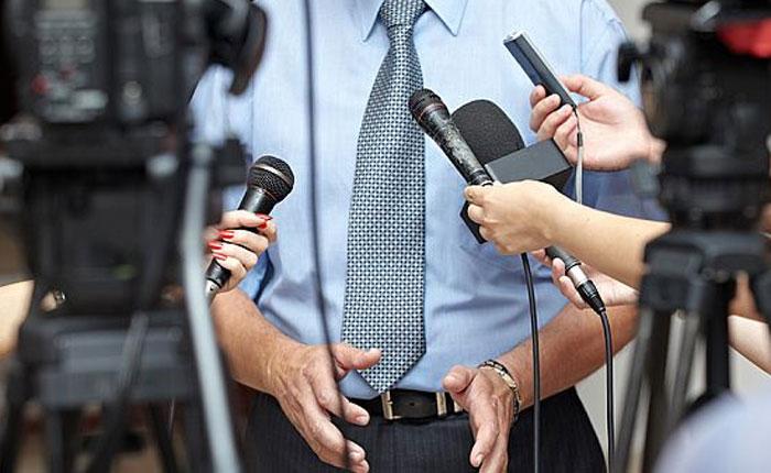 Periodismo y política en lucha por la democracia por Marcelino Bisbal