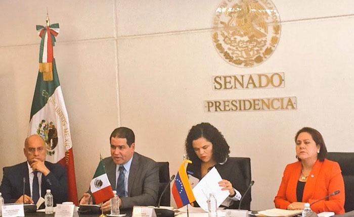 Senadores mexicanos rechazaron pretensiones de Maduro de disolver la Asamblea Nacional