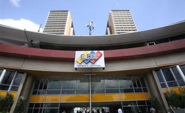 Organizaciones civiles y académica piden al CNE cese de retrasos de los derechos políticos de los venezolanos