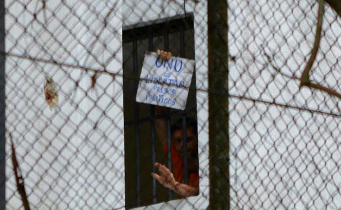 Leopoldo López: De 1.000 días preso, 548 aislado