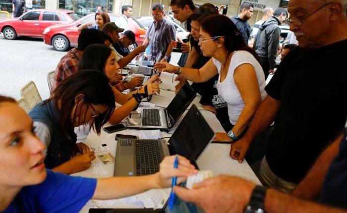 5 gobernadores oficialistas anuncian anulación de recolección del 1% de firmas por tribunales regionales