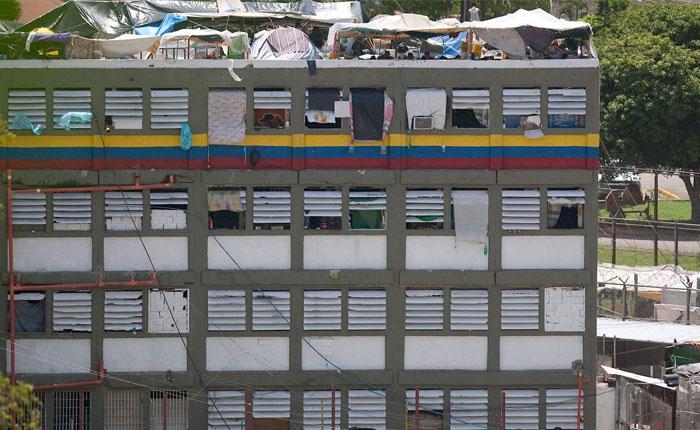 Gobierno planea construir una universidad sobre la cárcel de Yare