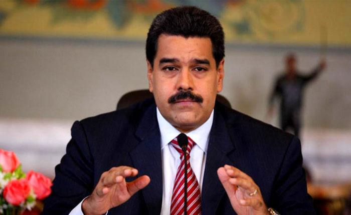 Maduro amenaza, insulta y reitera el llamado a dialogar