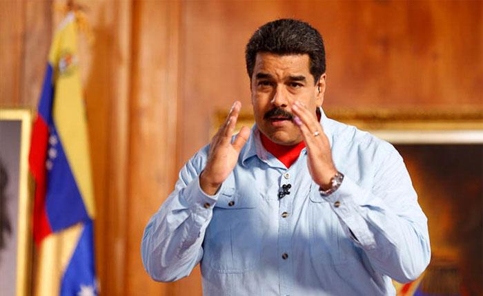 Maduro adelanta regreso y estudia disolver la Asamblea Nacional