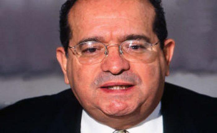 Falleció en Miami el exalcalde Metropolitano Alfredo Peña