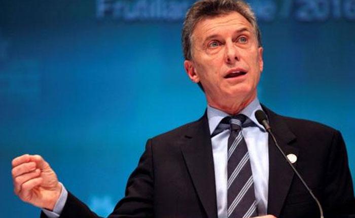 Argentina endurece política migratoria y acelera expulsión de extranjeros que hayan cometido delitos