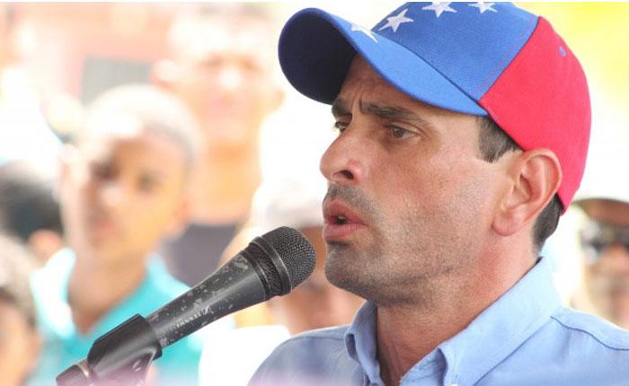 Capriles: Hoy debíamos haber amanecido con millones de huellas plasmadas para el Revocatorio