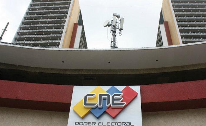 Descabellada decisión de tribunales y CNE, por Oscar Arnal