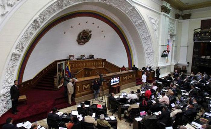 Asamblea Nacional aprobó documento en desconocimiento a la Constituyente