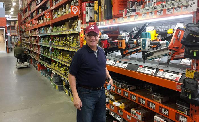 WSJ: El enemigo público Nº 1 del gobierno revolucionario, un vendedor de tornillos en Alabama