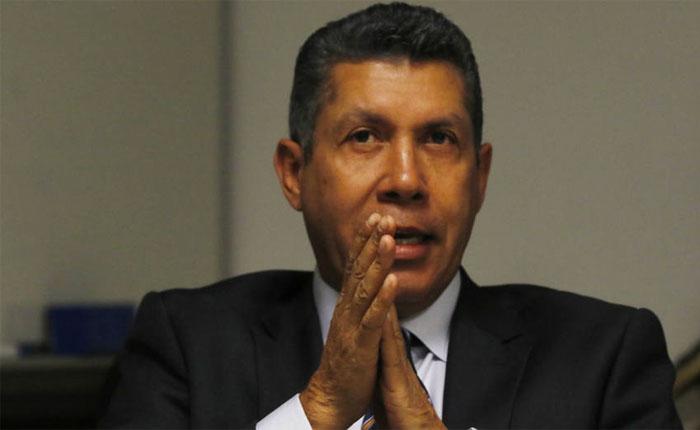Henri Falcón se inscribió a presidenciales con el MAS y Avanzada Progresista