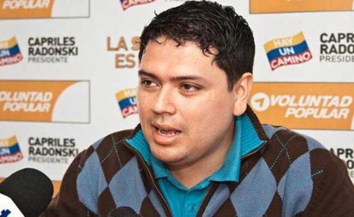 Familiares y abogados denuncian tortura y tratos crueles contra Rosmit Mantilla en el Sebin