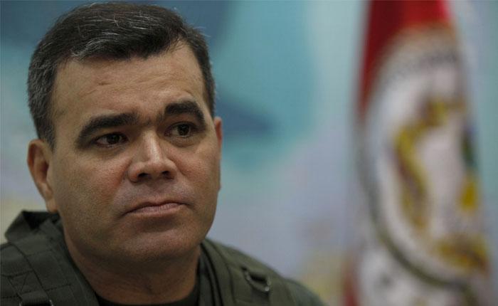 Costa Rica impedirá ingreso de Padrino López y su familia